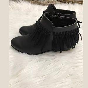 bedaff12c1ed3b Sam Edelman Shoes - Sam Edelman Petty Zoe Girls Bootie Black Fringe